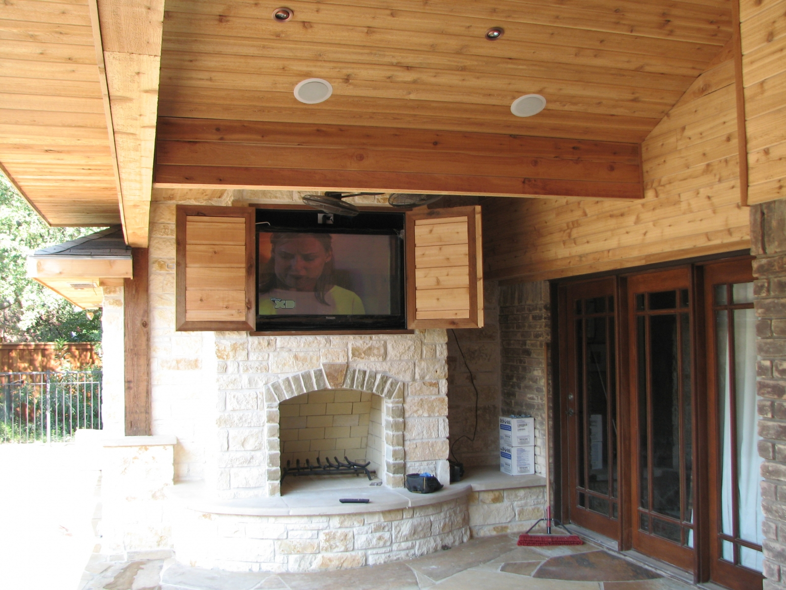 Tv Outside On Patio - Patio Designs